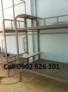 giường tầng quân đội